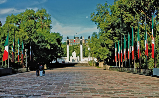 Country: Mexico Site: Chapultepec Caption: Patriotic monument, first section of Chapultepec Park Image Date: 2011 Photographer: Fideicomiso Probosque de Chapultepec/World Monuments Fund Provenance: 2016 Watch Nomination Original: from Watch team
